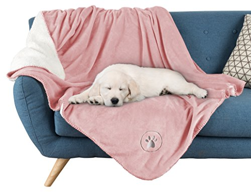 petmaker waterproof pet blanket 50 x 60 soft plush throw protects couch chairs car bed from. Black Bedroom Furniture Sets. Home Design Ideas